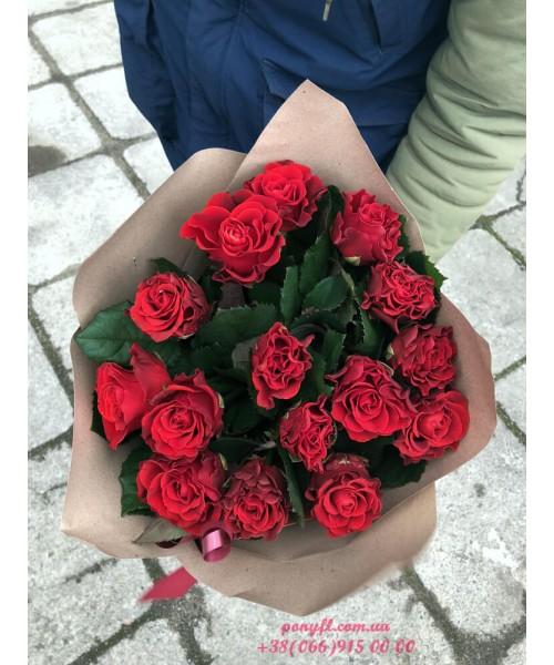 15 красных роз Эль торо 60 см