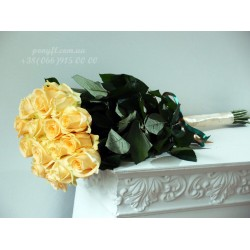 15 кремовых роз 70 см