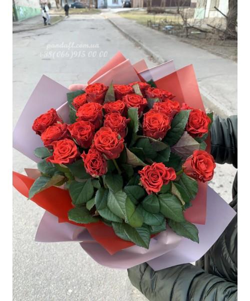 25 красных роз Эль торо 50 см