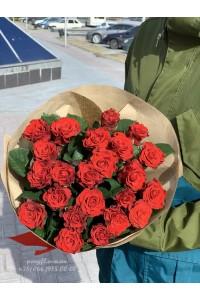 25 красных роз Эль торо 60 см