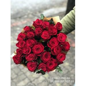 25 красных роз Гран При 60 см