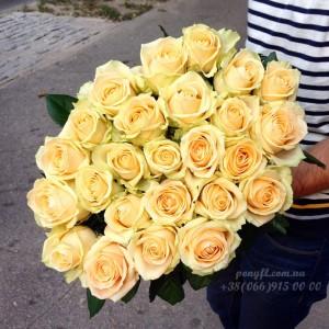 25 кремовых роз 80 см