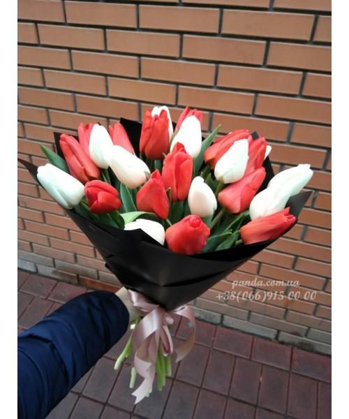 25 тюльпанов микс белых и красных