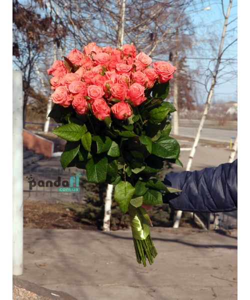 31 розовая роза Карина 90 см