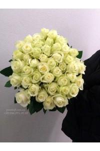 35 белых роз 80 см