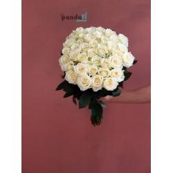 45 белых роз 70 см