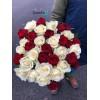45 роз микс красных и белых 60 см