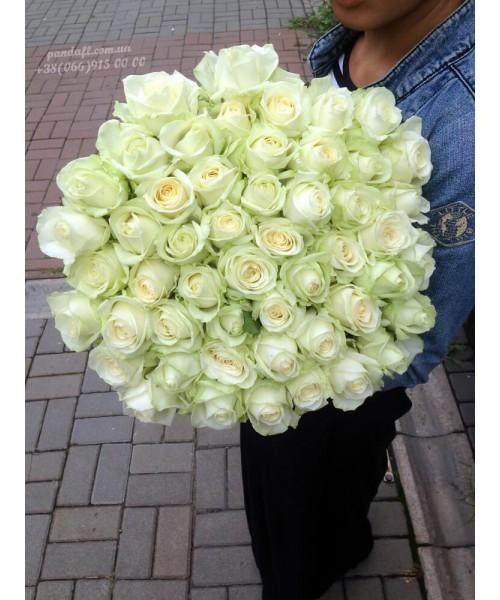 51 белая роза 90 см