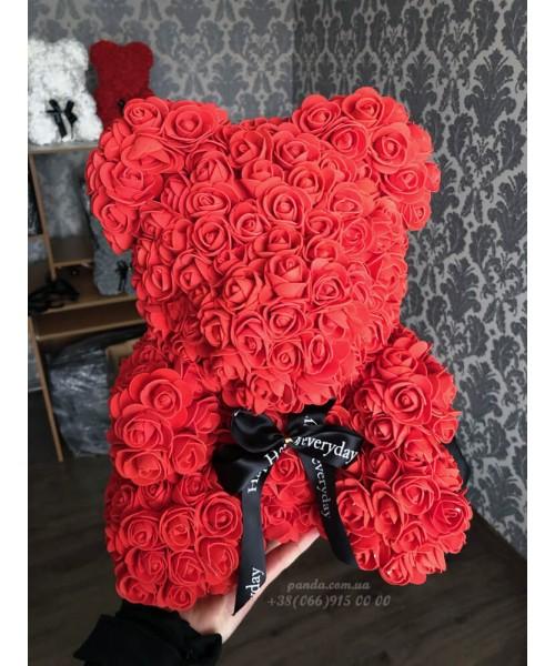Красный мишка из роз