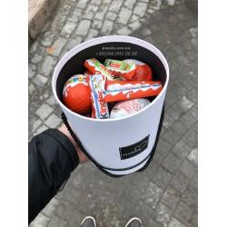 """Набор киндеров """"Сюрприз"""""""